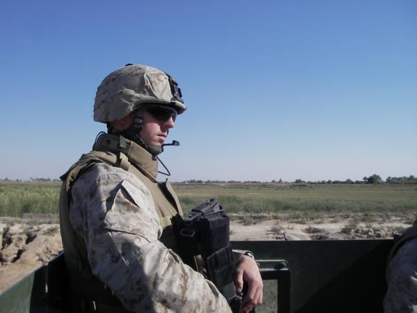 IanFlanagan_IraqWithMarineCorps